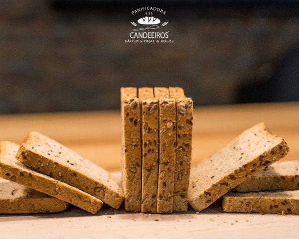 Pão Forma Cereais Pãodoscandeeiros (1un)